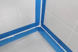 bathtub silicone caulk removal
