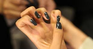 removing gel and acrylic nails