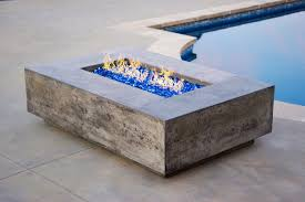 tavola i modern concrete fire table