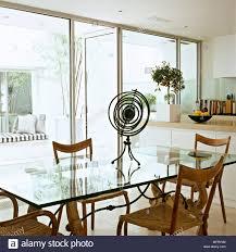Cuisine Salle à Manger Moderne En Verre Blanc Table Des Unités De