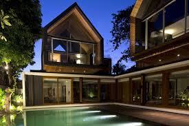 Svarga Residence by RT+Q Architects. Home Design