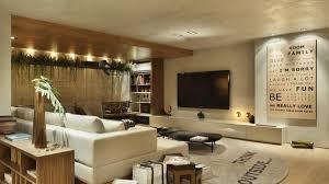 A imagem é full hd, pode funcionar como smart tv e também tem uma autonomia de 2h30. Sala De Tv Moderna 60 Modelos Projetos E Fotos Para Decorar