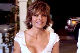 Lisa Rinna Hairstyles Lisas First Impression Of The Ladies The Real Housewives Of