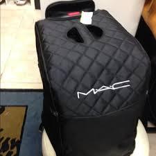mac rolling makeup case
