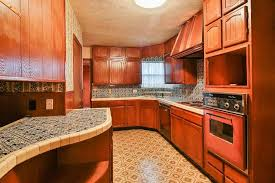 image of what type of tile is best for kitchen countertops