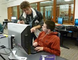 competitive stem program at uw targets deaf hard of hearing teaching assistant works student