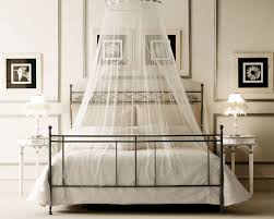 Collect this idea Canopy beds For the Modern Bedroom Freshome (5)