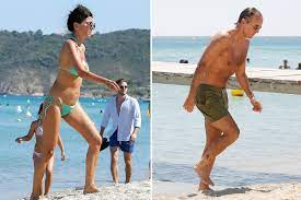 Roberto Mancini, 55, and stunning wife Silvia Fortini look incredible on  beach during Saint Tropez break away