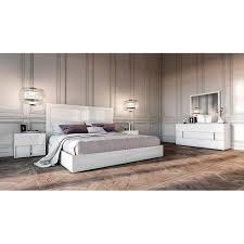 Shop Modrest Nicla Italian White Queen Bedroom Set - Free Shipping ...