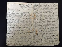 Daughter Receives Trove Of Hidden Love Letters Her Parents Exchanged ...