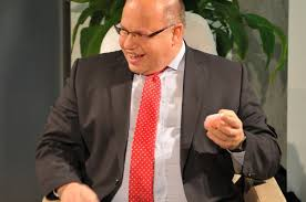 Check spelling or type a new query. Zur Person Peter Altmaier Peter Altmaier