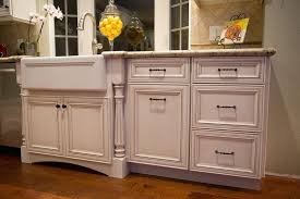 3 considerations before choosing your new kitchen cabinets