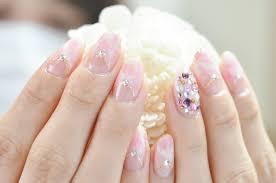 ネイル 白 ピンク 紫