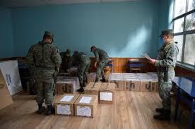"""Résultat de recherche d'images pour """"image des élections en équateur"""""""