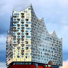 Veiled in Brilliance: How Reflective Facades Have Changed Modern  Architecture, Reflections on glass faade