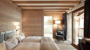 Der Alpine Stil Der Zimmer Und Suiten Des Chalet Gerard