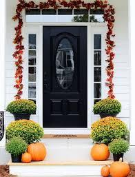 front door decorationGet Into The Seasonal Spirit  15 Fall Front Door Dcor Ideas