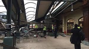 نيوجيرسي - خروج قطار عن مساره ومقتل ثلاثة واصابة المئات
