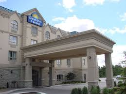 hotel days inn and suites collingwood collingwood trivago