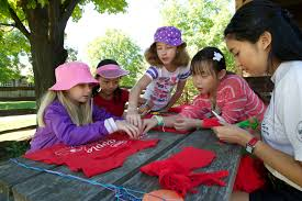 city of summer camps summer camp at museum girls working counsellor in fashion camp
