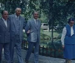 Image result for ngritet fotografite e enver hoxhes pas vdekjes