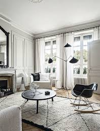 Black and white chairs living room Dining Table 44 Striking Black White Room Ideas How To Use Black White Decor And Walls Homedit 44 Striking Black White Room Ideas How To Use Black White