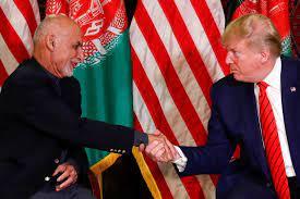 """ترامب يصف الرئيس الأفغاني السابق الهارب بـ""""المحتال"""" - RT Arabic"""