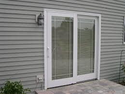 Pella Vinyl Sliding Patio Door With Blinds Decoraciones Party - Exterior patio sliding doors