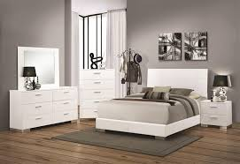 Felicity 6 Piece Bedroom Set in Glossy White Finish by Coaster - 203501
