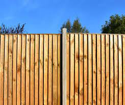 The wooden fence has seen many incarnations since its first use. What Makes The Best Wooden Fence Where To Buy Strong Wood Fence