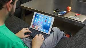 Nên dùng máy tính bảng hay smartphone cho phù hợp? - Fptshop.com.vn