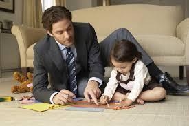 Image result for imagenes de hombres de compras con los hijos