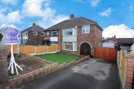 Local Homes For Sale By Owner Houses For Sale In Stoke On Trent Property Houses To Buy