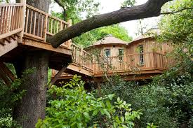 The Nationu0027s Best Treehouse Hotel Rooms Revealed For Staycation Treehouse Accommodation