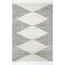 bria moroccan diamond tassel off white 4 ft x 6 ft