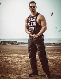 Tiger Shroff Body Phone Wallpapers Wallpaper Cave