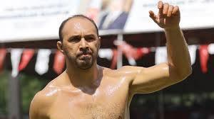 Son Dakika: 660. Tarihi Kırkpınar Yağlı Güreşleri'nin finalinde İsmail Koç'u  yenen Ali Gürbüz, başpehlivan…