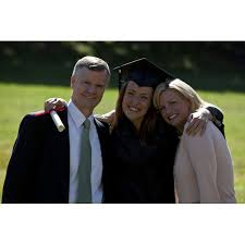 college grad budget how to make college graduation special and memorable for your son or