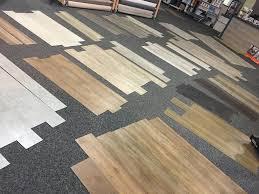 Ja nach den persönlichen vorstellungen ist die wahl des fußbodens also eine sehr individuelle entscheidung. Parkett Laminat Und Designboden Kaufen In Lohne Esche