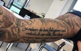 Gianluca scamacca 2020 estatura (altura): Nel Tatuaggio Il Carattere E L Orgoglio Di Gianluca Scamacca Caffedistretto