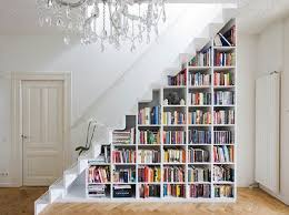 MANA has tips on how you can have a book on a staircase's bookshelves. Send