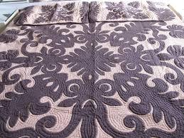 Bedroom: Unique Flora To Create An Inviting Bedroom With Hawaiian ... & Hawaiian Baby Quilts for Sale | Hawaiian Quilts for Sale | Applique Quilts  for Sale Adamdwight.com