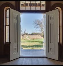 Image Inside Looking Out The Front Door Wheres Ryan Ryan C Looking Out The Front Door Dream Farm With Charm Mansions
