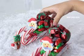 how to make a candy sleigh adorable diy mini santa candy sleigh for classrooms