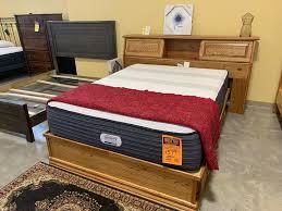 Oak Pedestal Bed