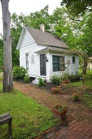 17 Best Ideas About Small Guest Houses On Pinterest Small Home