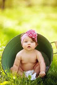 Pin by Hillary Hanson on Rev. 4:11 | Spring baby pictures, 6 month baby  picture ideas, Baby photoshoot girl