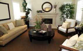 small living room furniture arrangement with fireplace