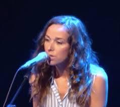 Beth (singer) - Wikipedia