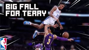 Terrance Ferguson HARD Fall after ...